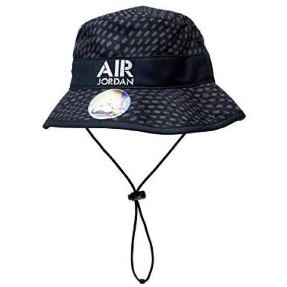 Nike Air Jordan Stencil Bucket Hat 658386 011 95b756639e6f